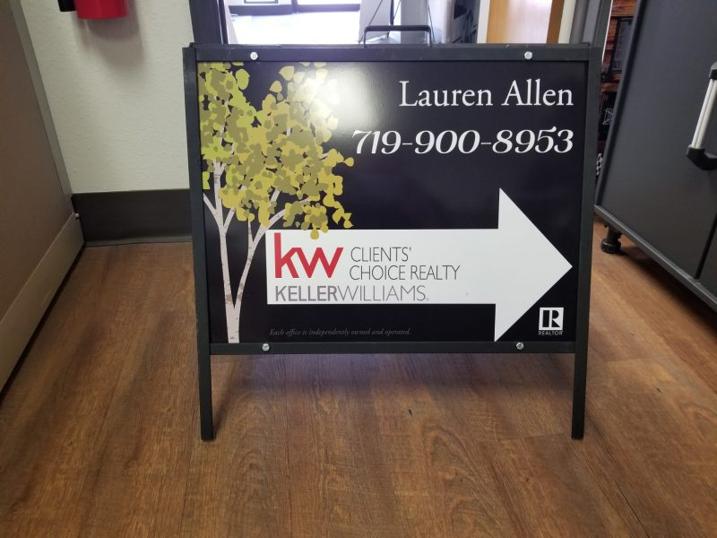 lauren allen realtor a frame e1540301068304 - When and how to use effective Wayfinding signs?
