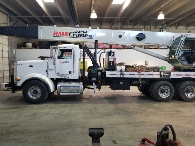 rms cranes vehicle vinyl 1 e1539965306703 - rms-cranes-vehicle-vinyl-1